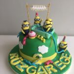 minnion cake
